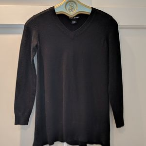 CASHMERE DKNY Classic V Neck Sweater